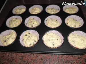 chocolate chip muffins batter pan