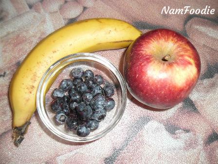 banana apple blueberries
