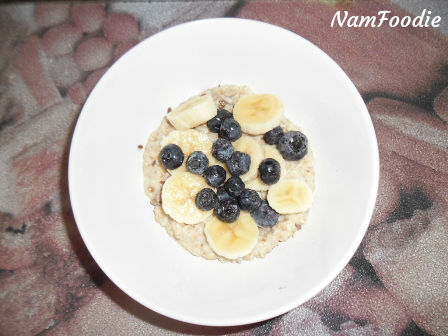 oats banana blueberries
