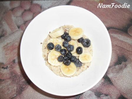 oats banana blueberries