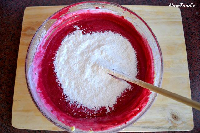 red velvet cupcakes batter flour