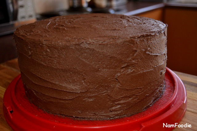 Chocolate cake side