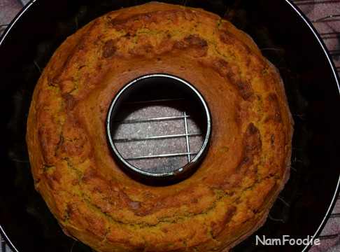 pumpkin bundt cake top
