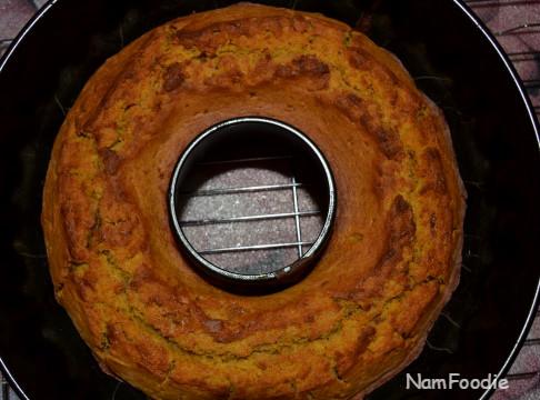 pumpkin bundt cake top
