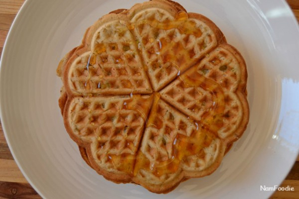 apple waffles honey