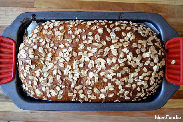 Honey oat bread pan