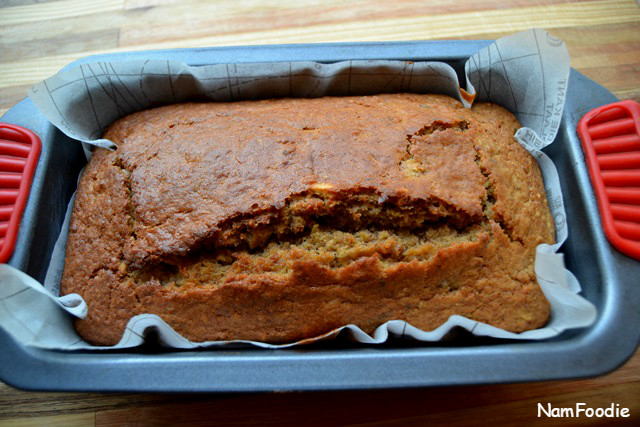 banana-nut-and-seed-bread-pan